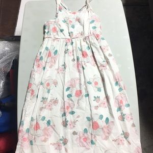 Old Navy girls dress with flowers pattern, size6/7